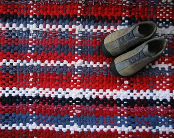 Rag Rug, Handwoven Rag Rug, T-Shirt Rag Rug, Recycled Rag Rug, Red, White and Blue, Plaid Rag Rug