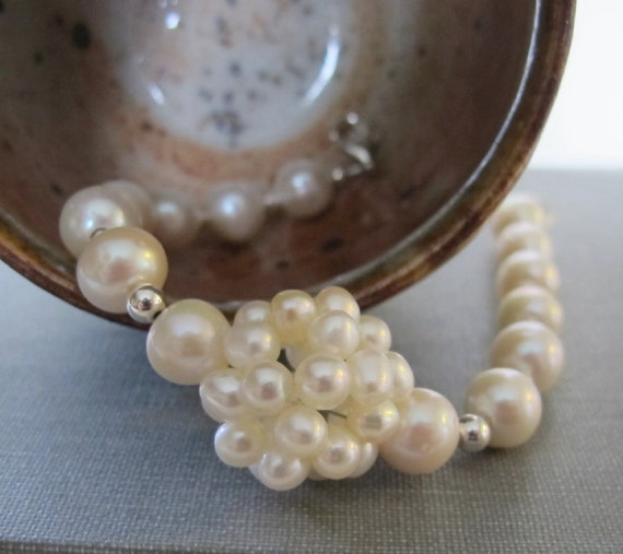 White Pearl Bracelet, Freshwater Pearls, Silver Bracelet, Ivory White, Pearl Jewelry, Wedding Jewelry, Sterling Silver