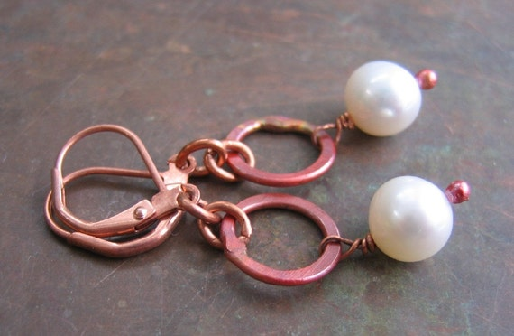 White Pearl Earrings, Copper Earrings, Rosy Pink Copper, Copper Ring, Freshwater Pearls, Winter White, Pearl Jewelry, Copper Jewelry