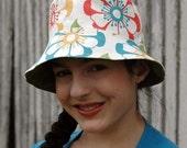 Organic Canvas Bucket Hat - Picnic Floral, M/L
