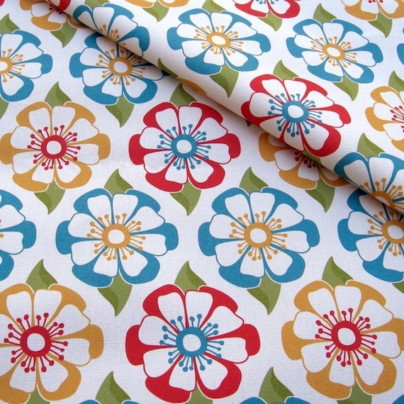 Picnic Floral Organic Canvas - Fat Quarter