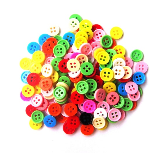 RAEWADOLLY 200pcs Tiny Button 8mm 4 hole (reserved)
