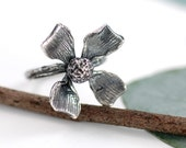 RESERVED - Amazing Flower Ring - sz 6.5