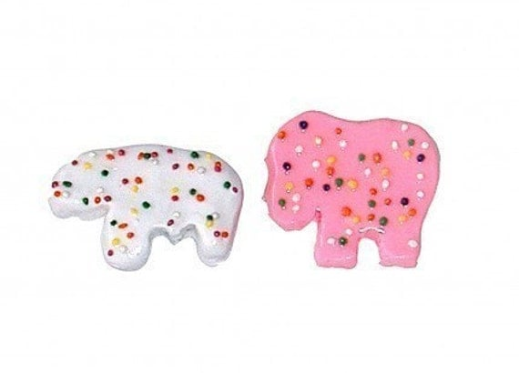Frosted Animal Cookie Brooch
