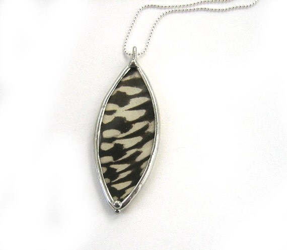 Real Butterfly Necklace: Black and White Idea