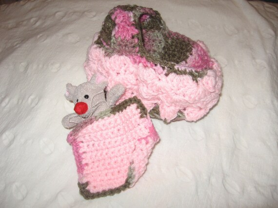 Crocheted Cradle Purse