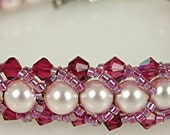 TUTORIAL Spiral Staircase Pearl and Crystal Bead Stitched Bracelet