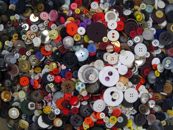 HUGE LOT of assorted vintage and modern buttons in all colors, shapes and sizes