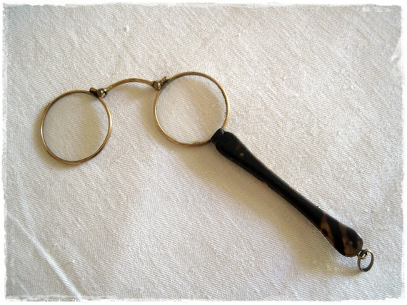 ANTIQUE Tortoise Shell and Gold Magnifying Glasses Loup Pinz Nez