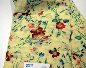 70s Vintage Fabric Original Tag Vintage Craft Supplies Sewing Quilting Needle Crafts Fabric by the Yard Pale Yellow with Florals 70s