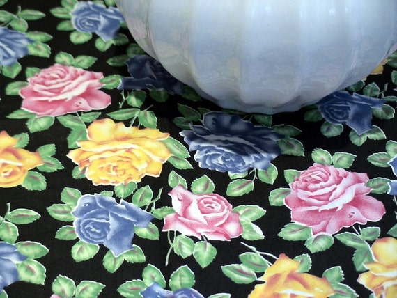 Vintage Rose Fabric 33 x 1 yard Lightweight Cotton Black Pink Yellow Green Blue Vintage Retro