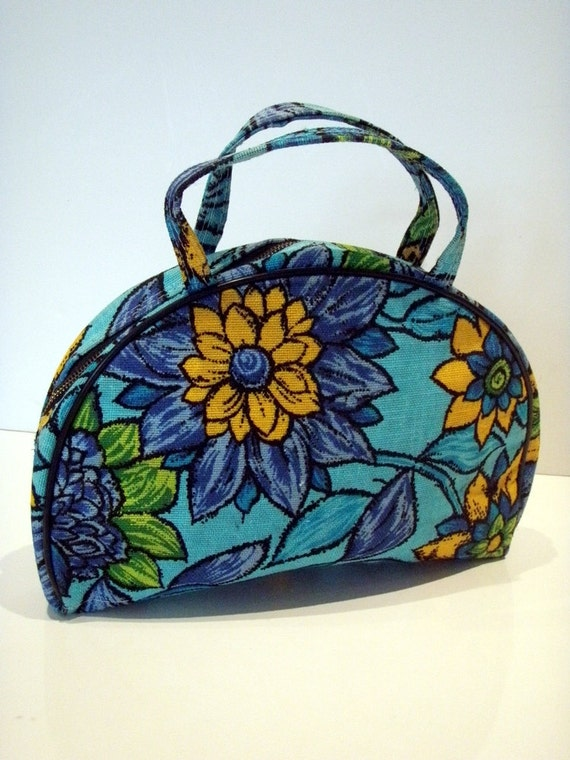 Vintage Flower Power Cosmetic Makeup Bag in Unused Condition Clean Excellent Condition Blue Turquoise Green Yellow Hippie Fabric