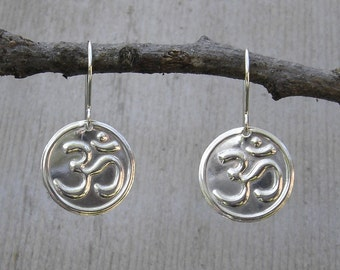 Om Earrings - Sterling Silver Yoga Jewelry, Om Symbol, Aum, Buddhist  Dangle Earrings, Women, Spiritual Jewelry
