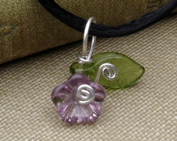 Little Lilac Purple Glass Flower Pendant Necklace, Mother's Day Gift for Women, Spring Czech  Beads, Flower Necklace - Flower Girls Jewelry