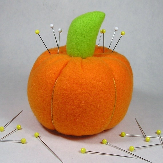 Pumpkin Pincushion / Pin Cushion with Emery Stem