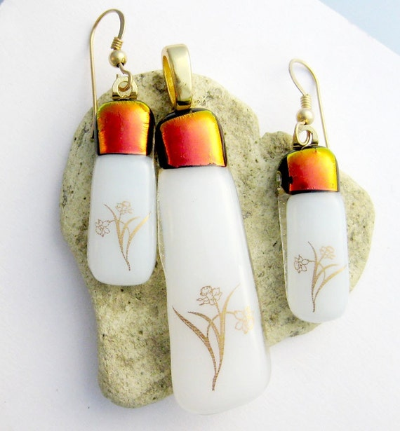 Red Dichroic with Gold Flowers on White Fused Glass Set of Earrings and Pendant