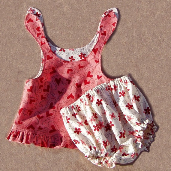 Hearts and Flowers Swing Top Set, Size Newborn