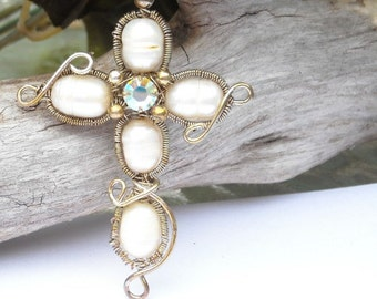 Sterling Silver Pearl Cross