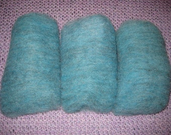 Wool batts for spinning