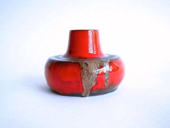 Red Ceramic Fat Lava Style Vase