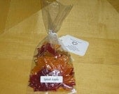 25 Single use maple leaf soap petals, Thanksgiving, fall gifts