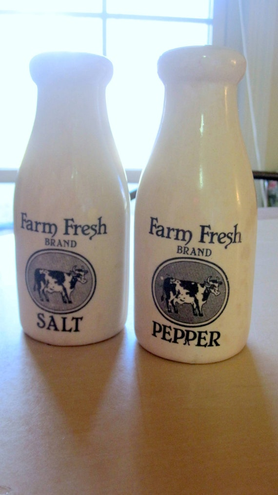 Country Farm Fresh Milk Bottle Salt And Pepper Shakers