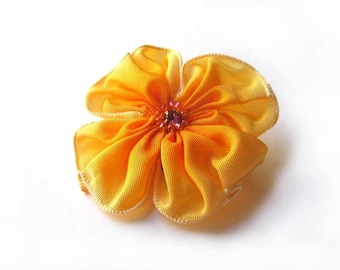 little pale yellow yellow ribbon flower pin