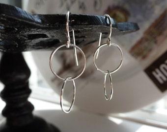 simple.sterling.double hoop.earring.