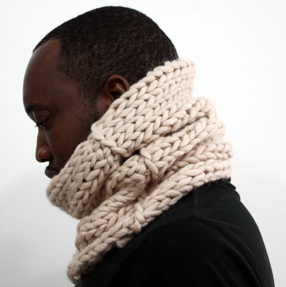 Alpaca Cowl Knitting Pattern : Cream snood Alpaca wool cowl Chunky Knit Cowl Infinity
