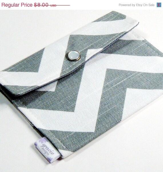 20% OFF Mini Wallet Snap Pouch - Gray & White Chevron Zig Zag