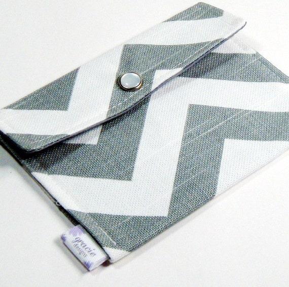 Mini Wallet Snap Pouch - Gray & White Chevron Zig Zag