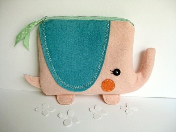 Wee Elephant Pouch in Pink