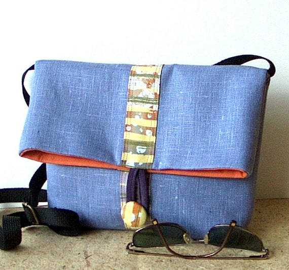 Small fold top bag, fabric purse in lavender linen