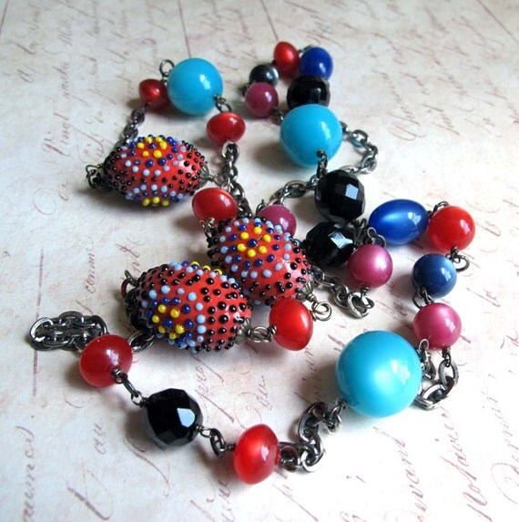 Chunky Red Black Aqua Turquoise Bead Necklace