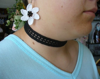 Lacy and Delicate Hand Crochet Choker - Choose Any Color You Want and Closure
