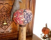 Lovely Pin Cushion Crow, wonderful color