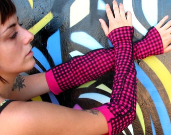 Mis-Guided Chex - Ruffled LONG Arm Warmers womens Sleeves Gauntlets - Carnivale Steampunk fingerless ruffled tops, bottoms Pink Black checks