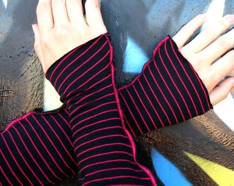 HOT STRIPES Arm Warmers - Teen girls Black Hot Pink stripes Med to Large wrist size Womens wrist warmers 7 inch, short punk indie