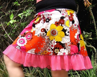 Hot Pink FLOWER POWER Skirt - Floral skirt from 1960s vintage fabric pink ruffle clothing - Sm or Med - Spring Fashion womens summer skirt