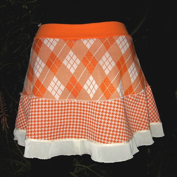 THE ARGYLE PUPPY Skirt -- 2 tiers with Vintage Polyester Houndstooth -- Large to XXL plus