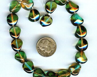 2013 Pantone Color of the Year Emerald Green & Amber Faceted Nugget Glass Beads 12mm 10pcs