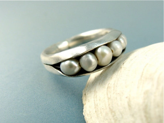 shoreline ... fresh water pearl ring