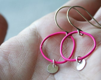Topo Earrings 4 Small - Pink - freeform round circle minimal disc modern hoop dangle small short