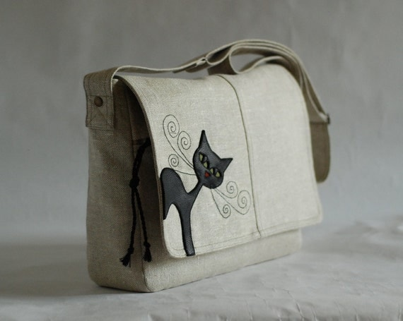 Messenger bag  with black leather cat -  natural linen