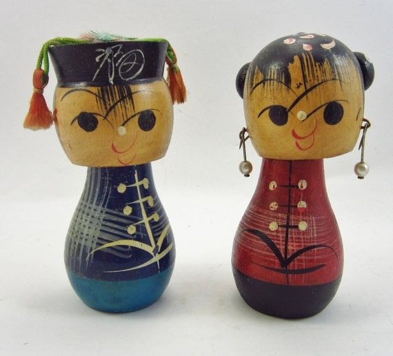 Vintage Kokeshi Bobble Head Dolls - Japanese Wedding Couple Nodders - Asian Bride And Groom - Kitsch