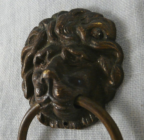 Great Vintage Brass Lion Head Towel Holder With Ring