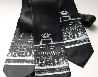 Synthesizer necktie. Screenprinted electronic music nerd tie. Choose standard or narrow width.