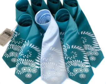 Custom Wedding Set. 7 groomsmen wedding neckties, 20% wedding group discount, matching vegan-safe ties, same printed design
