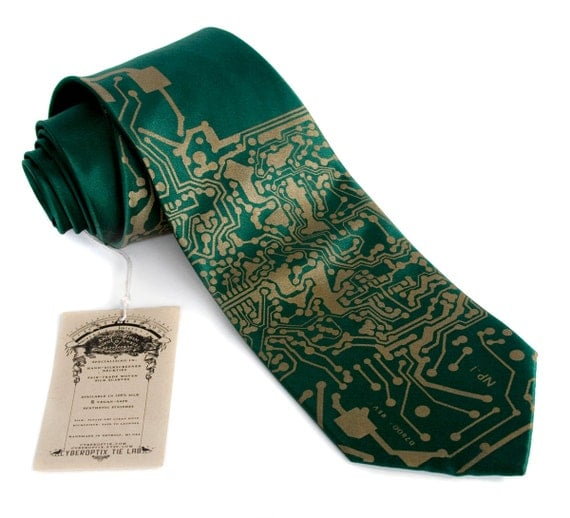 Circuit Board Necktie. Emerald green Short Circuit silk tie. Tech guy gift, science tie. Silkscreened men's necktie. Computer science gift.