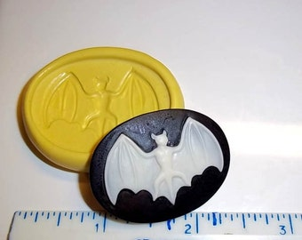 Bat Mold CAMEO Gothic Flexible Push Mould For Resin Paper Clay Sculpey Fimo Polymer Premo Wax Chocolate Dollhouse (J236)